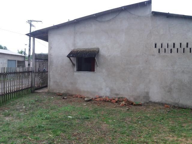 Alugo está casa no Mocinha perto da creche