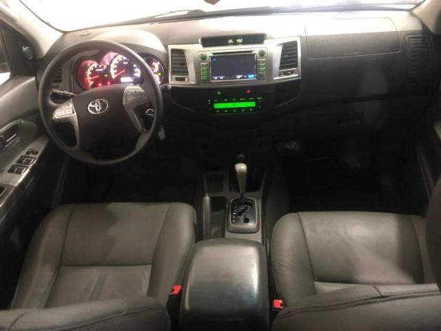 Toyota Hilux CD 4X4 SRV - Foto 8