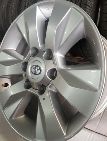 Jogo de rodas aro 17 Toyota Hilux 2019 - Foto 2