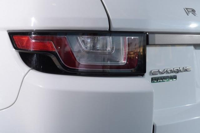 LAND ROVER RANGE ROVER EVOQUE 2.0 16V DIESEL SE 4WD AUT./2016 - Foto 13