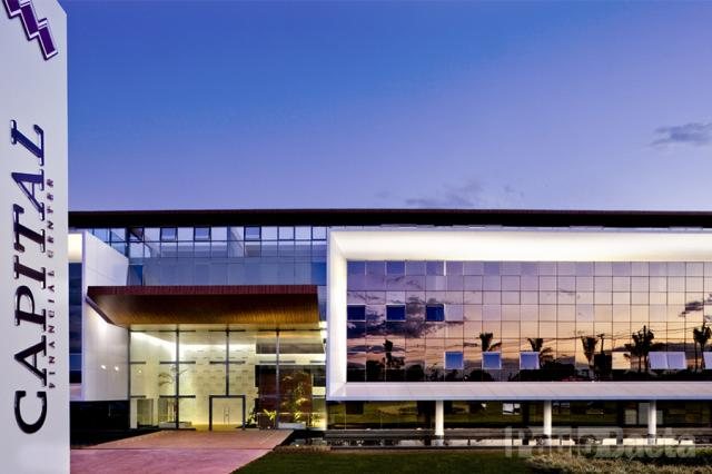 Salas e Lojas - Capital Financial Center