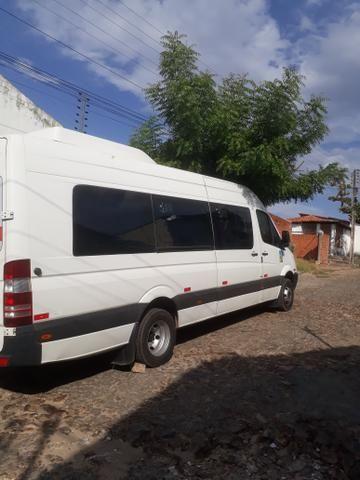 Aluguel de Van e Ônibus com motorista