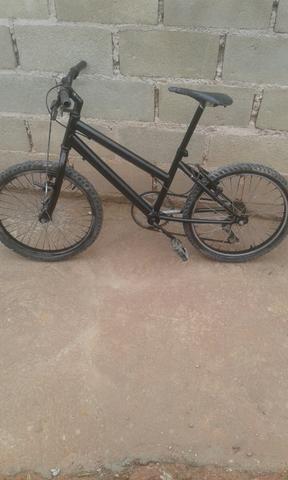 Troco uma bicicleta, - Foto 3