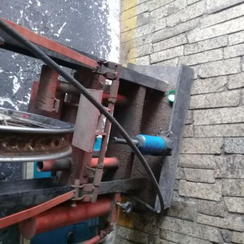 Máquina desempeno de aro pneumática - Foto 2