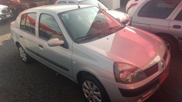 Clio Sedan(1.0)(completo(Financie*até 100%do veiculo(Parcelas a partir de R$449,90) 04/05 - Foto 2