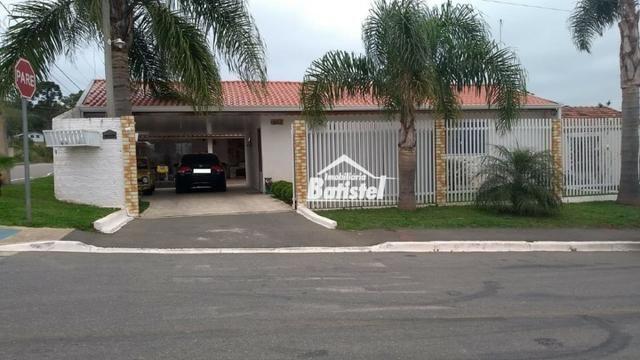 Casa de esquina com 3 quartos (1 suíte) próx ao Centro de Balsa Nova