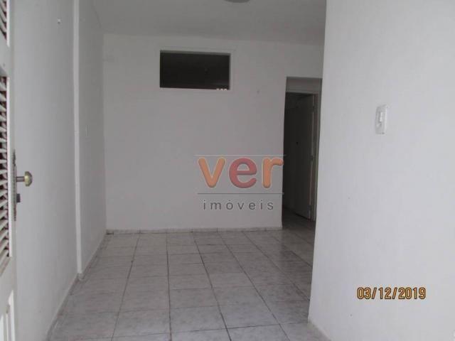 Apartamento para alugar, 50 m² por R$ 550,00/mês - Benfica - Fortaleza/CE - Foto 3