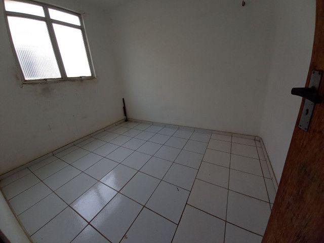 Alugo ou vendo apart na Forquilha no terceiro andar por R$ 600 reais cond. incluso - Foto 6