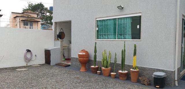 Casa de 3 quartos com suite em condomínio com lavabo, garagem para 4 carros e quintal - Foto 15