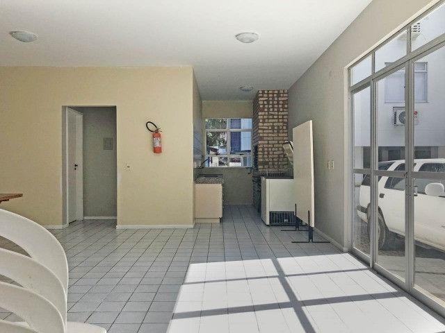 Aluguel apartamento mobiliado 2 dormitórios com garagem Itacorubi Florianópolis - Foto 20