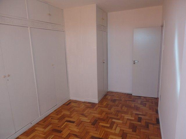 Apartamento com vaga de garagem, composto por sala, 2 quartos, banheiro social, cozinha, á - Foto 12