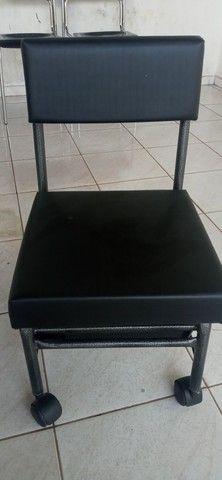 Cadeira de manicure e outros - Foto 3