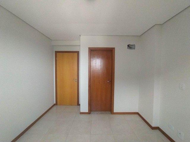 Locação   Apartamento com 86.87 m², 3 dormitório(s), 2 vaga(s). Vila Cleópatra, Maringá - Foto 7