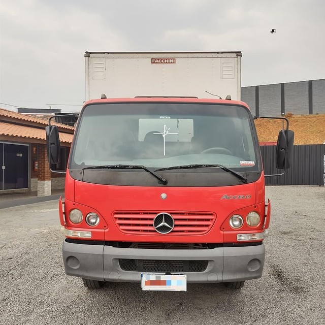 Mercedes Benz 915 - Foto 2