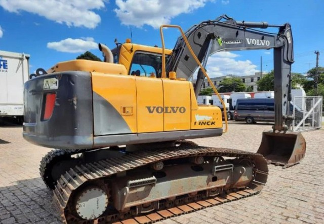 Escavadeira Hidráulica Volvo Ec 140 B 2016 - Foto 3