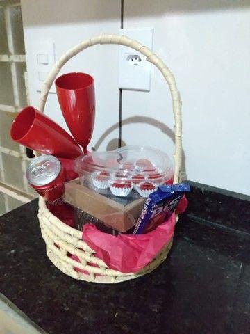 Cestas de chocolate pra o dia dos namorados  - Foto 3
