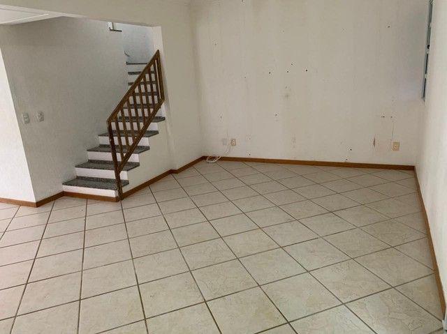 Casa de condomínio para aluguel e venda possui 185 metros quadrados com 4 quartos - Foto 6