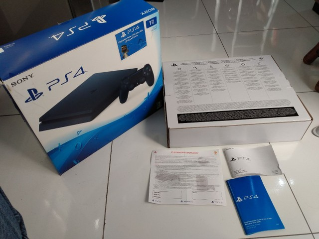 PS4 Playstation slin Sony 1 TB + 1 jogo Call of Duty - Foto 3