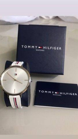 Relógio Tommy Hilfilger Feminino  - Foto 2