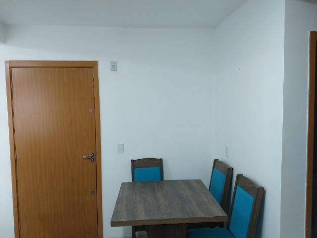 Vendo apartamento semimobiliado térreo 2 quartos - Foto 7