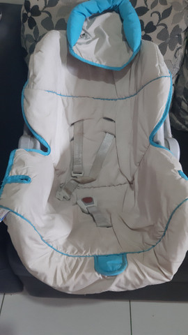 vende -se bebê conforto preço de oportunidade  - Foto 3