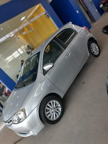 Toyota Etios XLS 1.5 14/14 - Foto 2