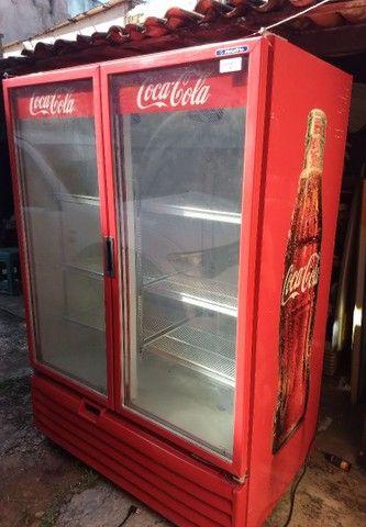 Freezer expositor metalfrio 1022 litros 220V super novo - Foto 6