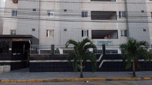 Apartamento no Bessa pra veraneio, próximo ao carrefour - Foto 4