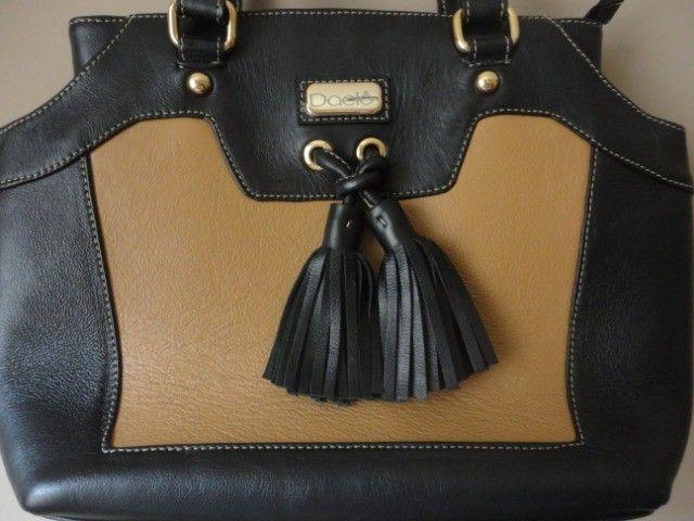 Bolsa feminina em couro legítimo - conservadíssima - Foto 2