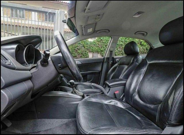 Kia Cerato<br>EX 1.6 16V (aut) 2011 - Foto 6