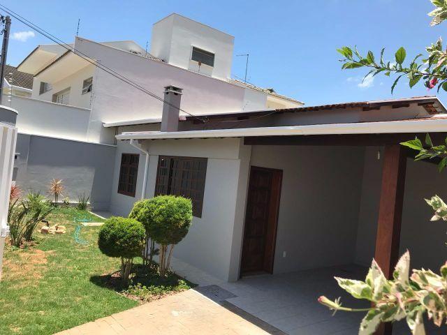 Casa 3 dormitórios (1 suíte) 190m² construído - Santa Doroteia