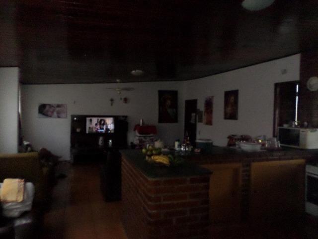 Ótima Casa 4 Dormitórios no Jardim Apurá - Foto 9
