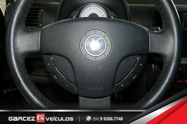 Vw - Volkswagen Crossfox 1.6 Flex Manual Topo de Linha Airbag ABS Comandos no Volante - Foto 12