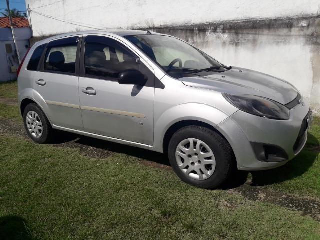 Fiesta SE 2014, 4 portas, completo com GNV, carro ideal para UBER - Foto 5