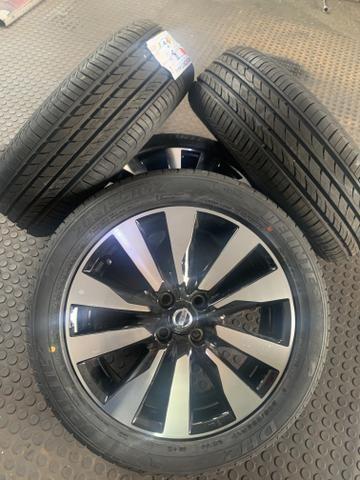 Roda original nissan Kicks aro 17 com pneu