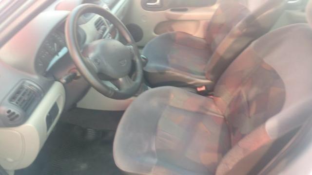 Clio Sedan(1.0)(completo(Financie*até 100%do veiculo(Parcelas a partir de R$449,90) 04/05 - Foto 12