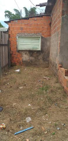 Troco uma casa no Canaã três quartos um sala e conhzinha - Foto 6