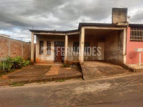 Casa à venda com 3 dormitórios em Casa de pedra, Congonhas cod:168