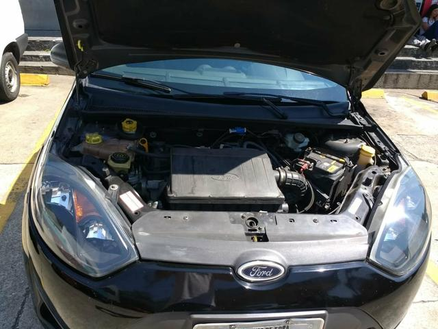 Ford Fiesta Sedan - Foto 3