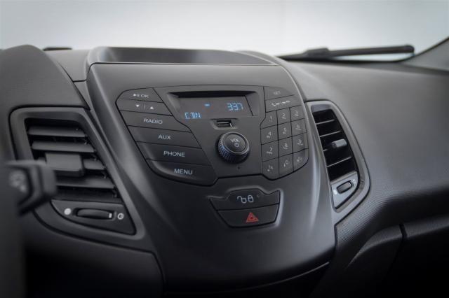 Ford Fiesta 2014 1.5 S Flex 4P Prata Completo - Foto 8