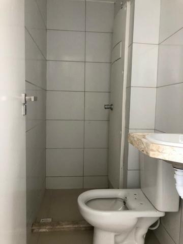 Vendo ótimos apartamentos novos a 50 metros do Retão de Manaira - Foto 17