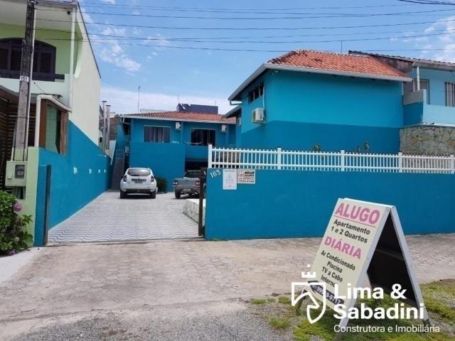 Sobrado com piscina, á partir de R$ 230,00 a diária - Itapema do Norte