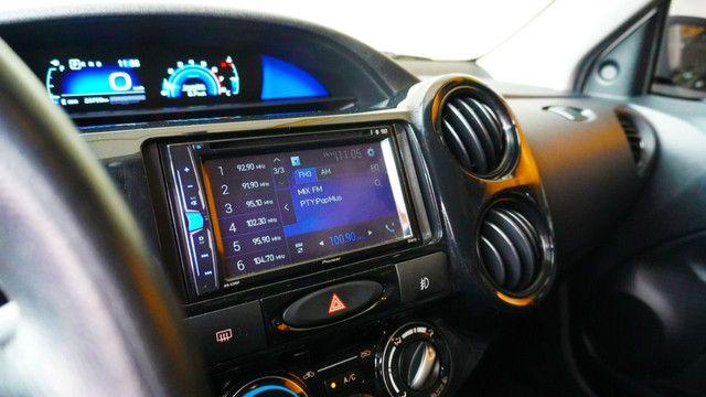 Etios Hatch X 1.3 Aut c/ 23 mil kms, é na Gran Car! - Foto 9