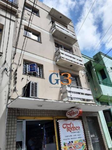 Apartamento com 1 dormitório para alugar, 40 m² por r$ 750/mês - centro - pelotas/rs