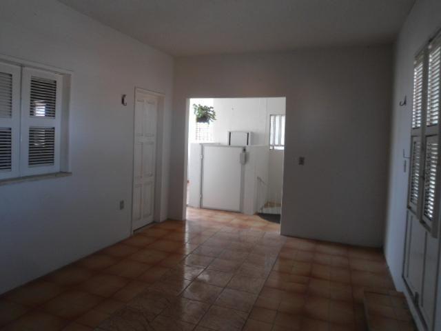 Casa com 5 dormitórios à venda, 278 m² por R$ 390.000,00 - Montese - Fortaleza/CE - Foto 17