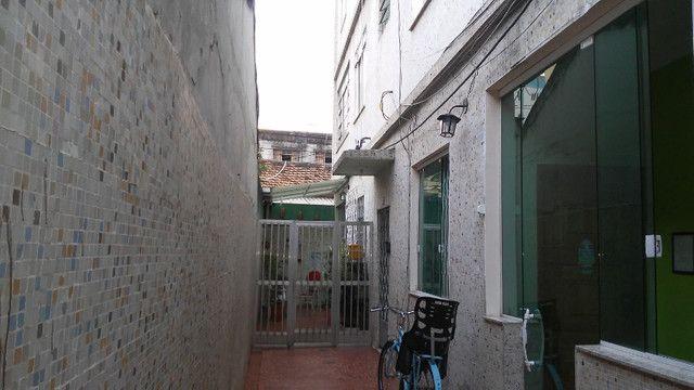Apto 2 Quartos e Sala em L Podendo Fazer + 1 Quarto em frente ao Banco do Brasil Ac. Carta - Foto 16