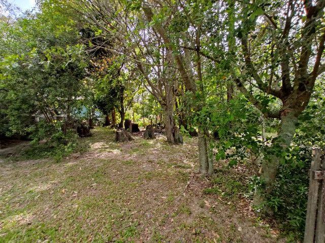 Velleda oferece terrenão c/ casa, galpão e arborizado em condomínio fechado - Foto 16