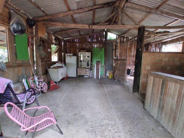 Velleda oferece terrenão c/ casa, galpão e arborizado em condomínio fechado - Foto 3
