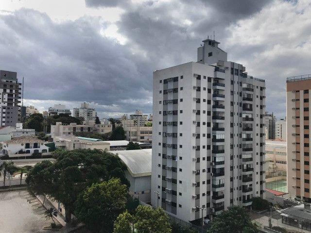 Apartamento para alugar 3 dormitórios com garagem no Centro de Florianópolis - Foto 16