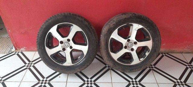 Vendo 3 aros com  pneus novinho valor 1.100 - Foto 2